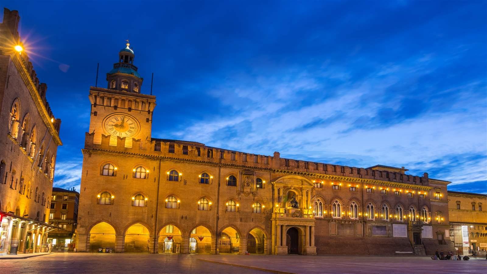 Grande interesse per l'evento Menocarta di Bologna